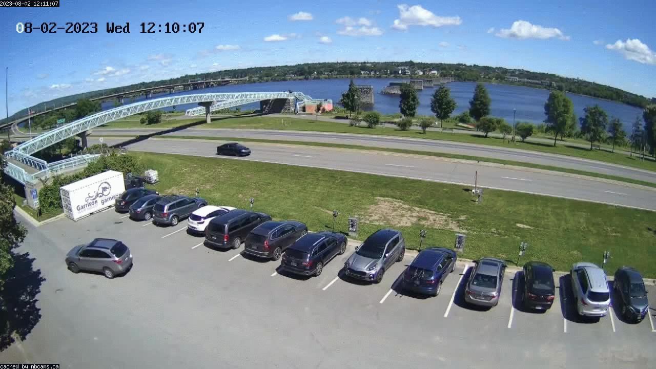 Web Cam image of Fredericton (St. John River)
